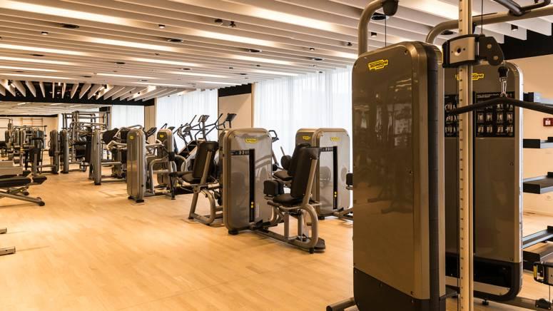 dl_fitnesscenter1_2x1